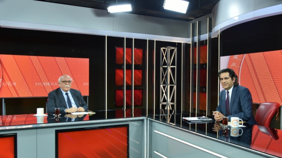 Minister Avcı guest at live Kanal 24 program