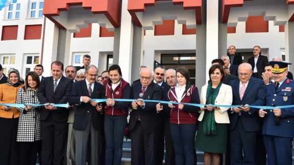 Minister Avcı inaugurated the Hacı Süleyman Çakır Girls Anatolian School